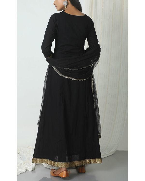 Black golden border dupatta dress 2
