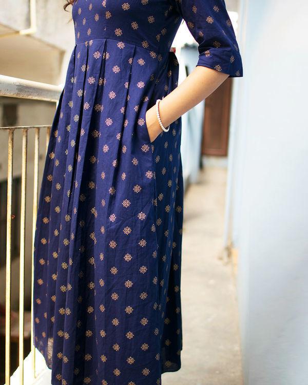 Navy box pleated dress with pockets 1