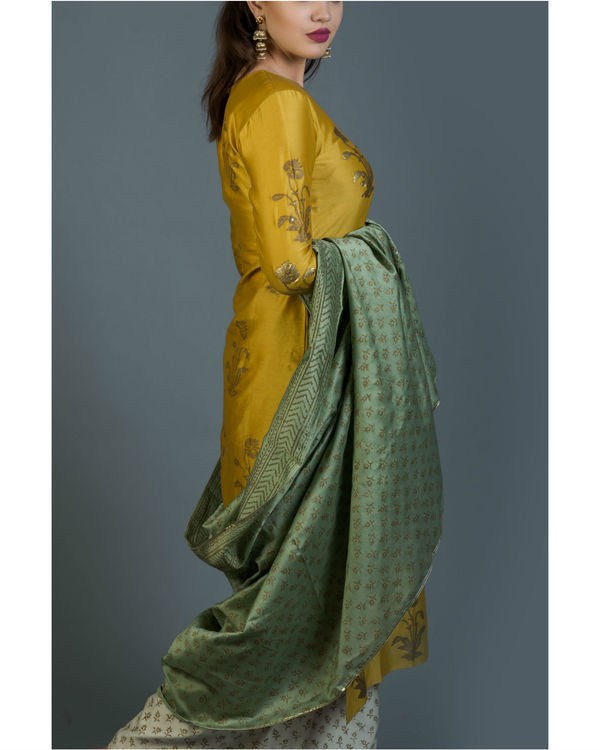 Genda phool kurta set with green dupatta 1