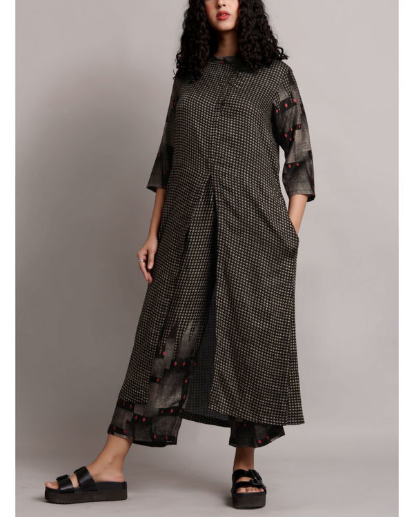 Black front slit kurta set 3