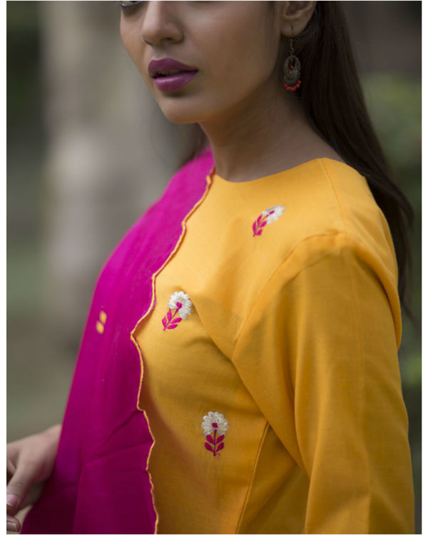 Kesari phool kurta sharara set with embroidered dupatta 1