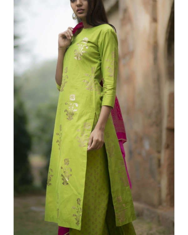 Tota maina kurta set with dupatta 1