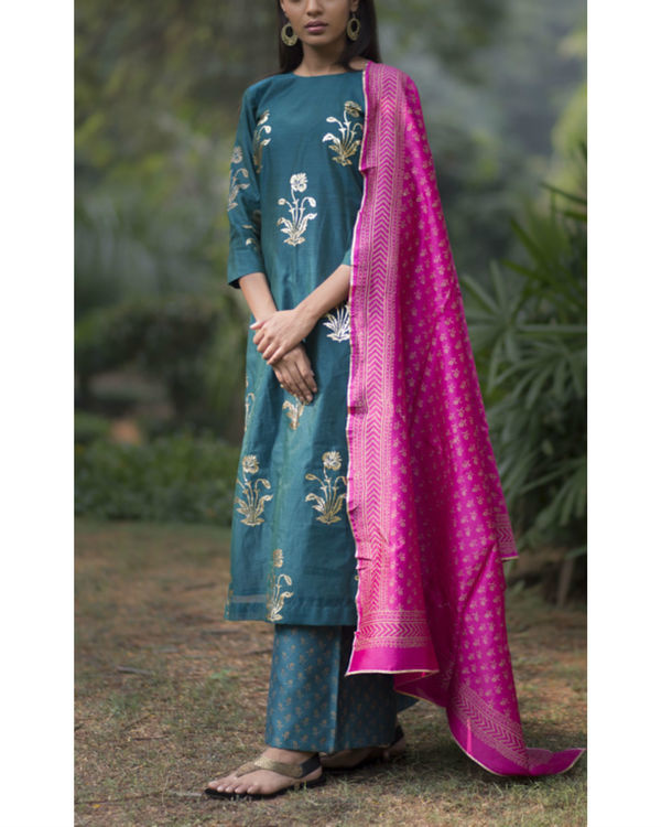Firoza gulmohar kurta set with dupatta 3