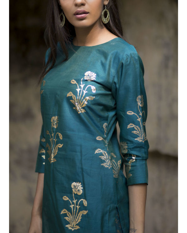 Firoza gulmohar kurta set with dupatta 1