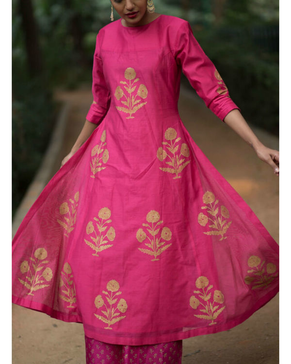 Pink hibiscus floral printed set with mughal printed dupatta 1