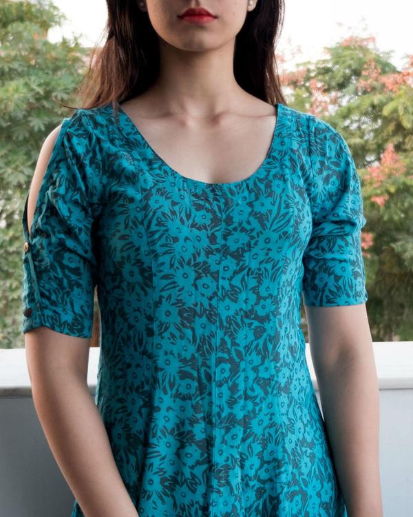 Flare blue cold shouldered dress 1