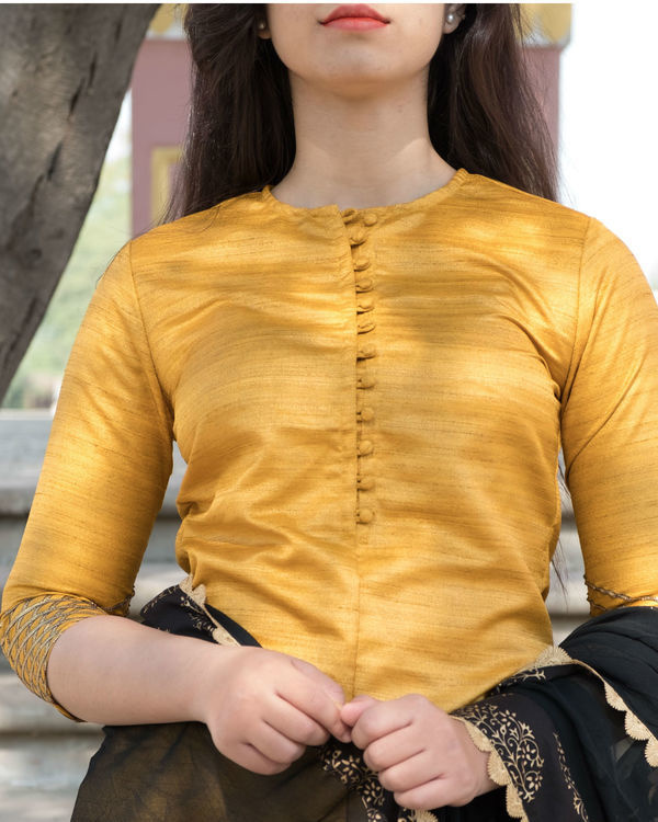 Yellow and black kurta set with dupatta 2