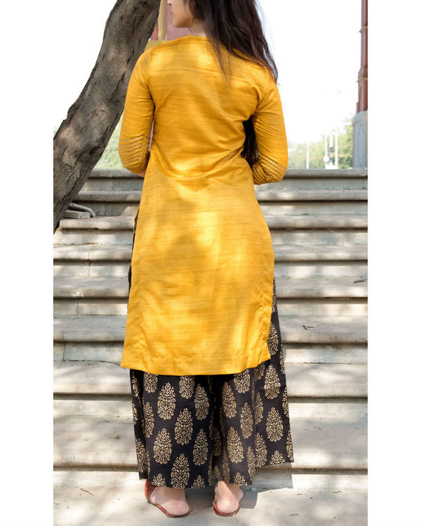 Yellow and black kurta set with dupatta 1