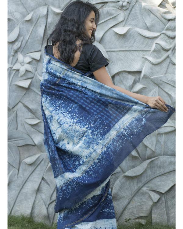 Shades of indigo checked sari 2