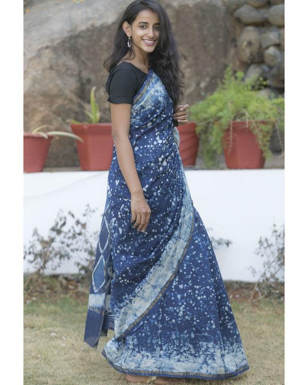 Indigo blue dotted sari 3