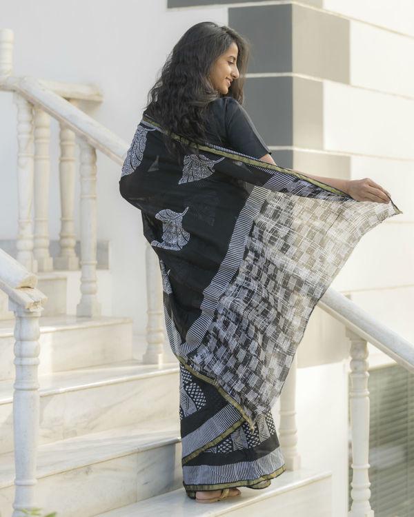 Half and half leaf printed sari 2