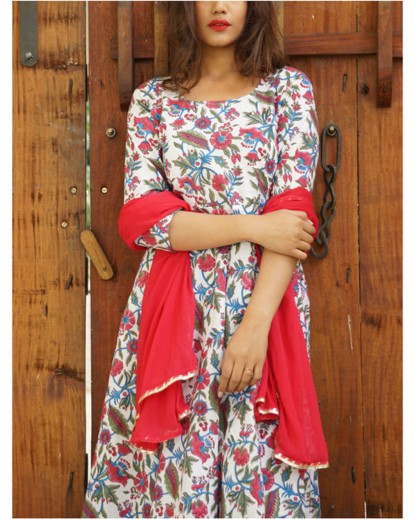 Pink floral twin set plus dupatta 3