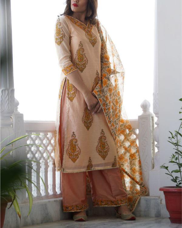 Peach chanderi set 3