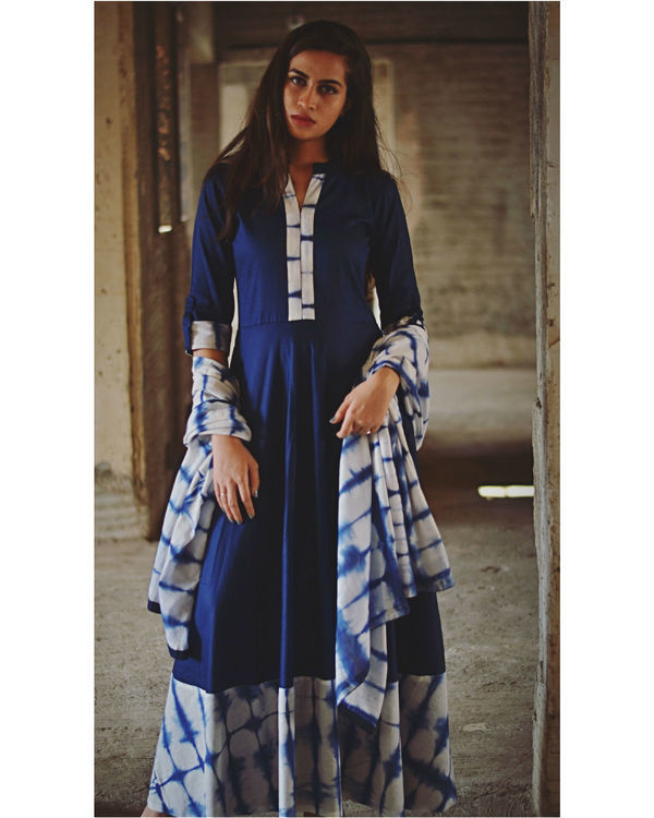 Indigo tie and dye dress with dupatta 3
