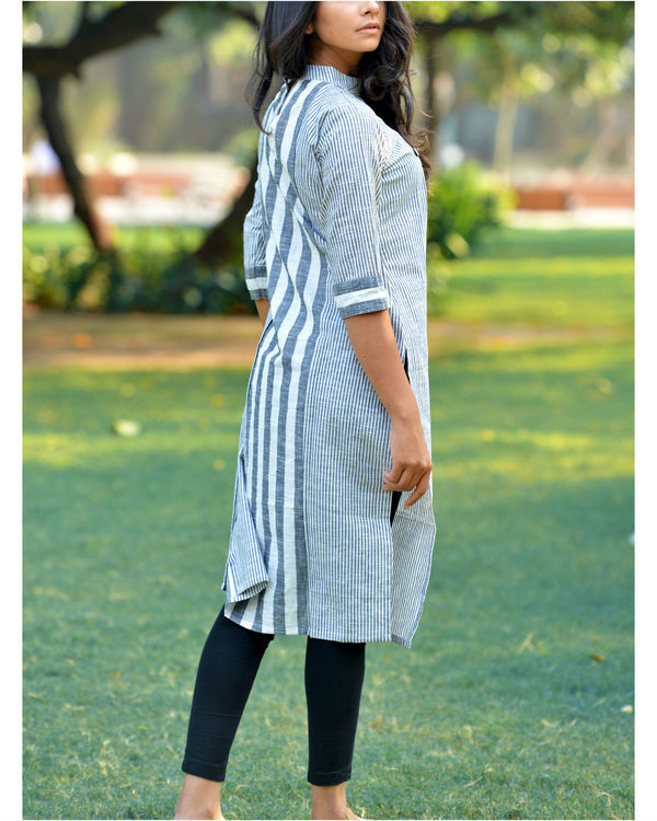 White khadi triangle kurta 1