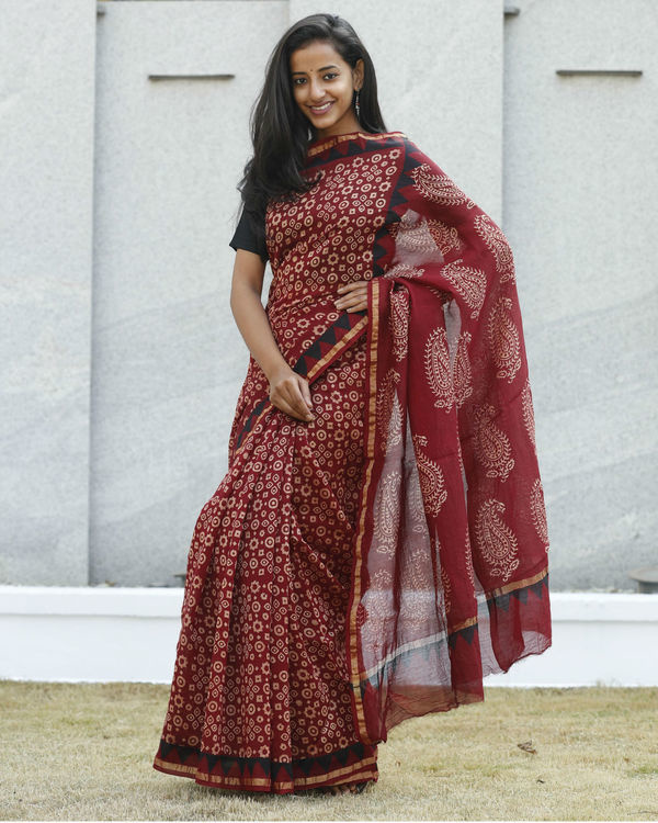 Cherry and garnet red sari 2