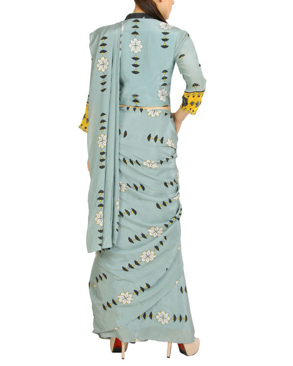 Blue printed sari with zipper blouse 1