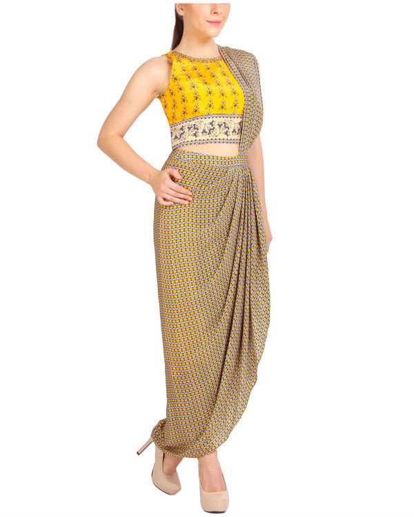 Printed yellow draped sari 3