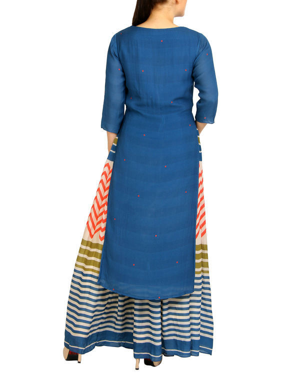 Embroidered blue striped kurta set 1