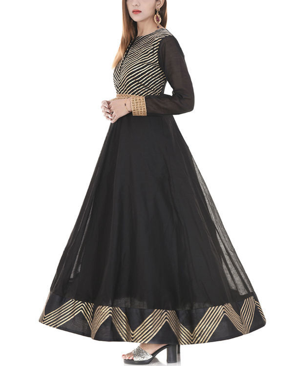Black gota dress 3
