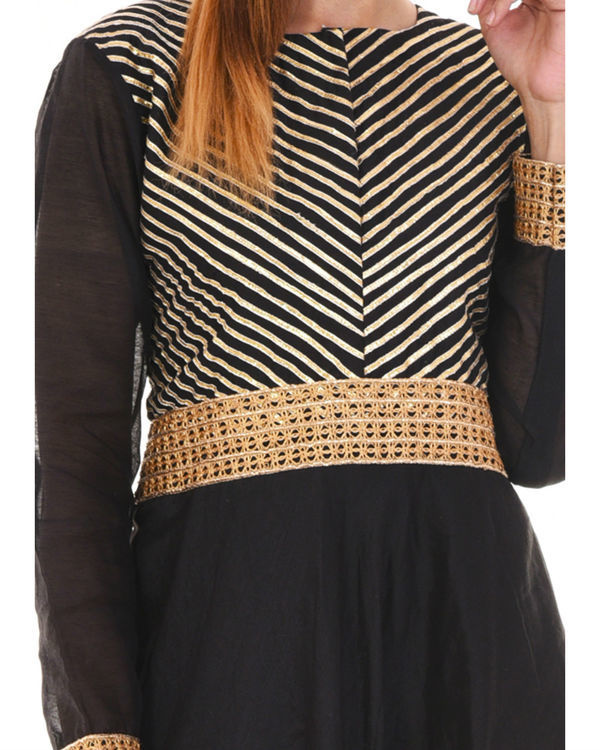 Black gota dress 2