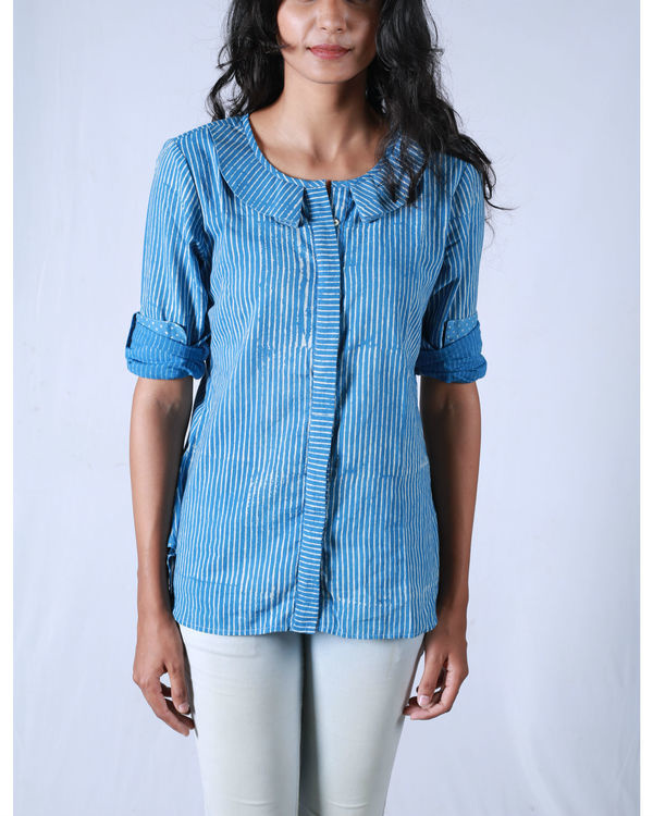 Blue pleated collar shirt 2