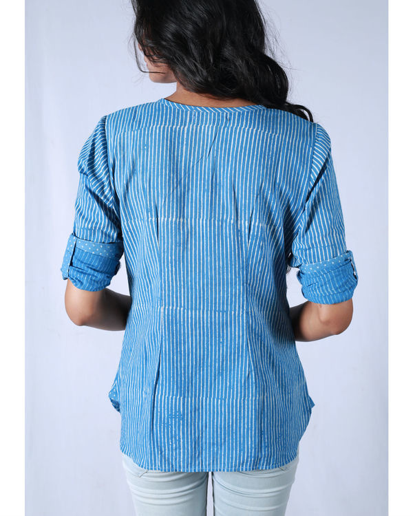 Blue pleated collar shirt 1