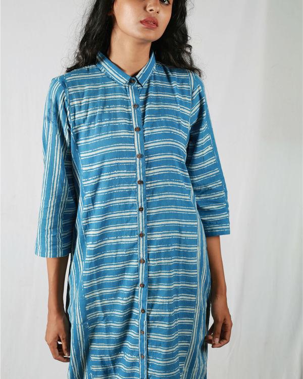 Blue asymmetric striped kurta 1