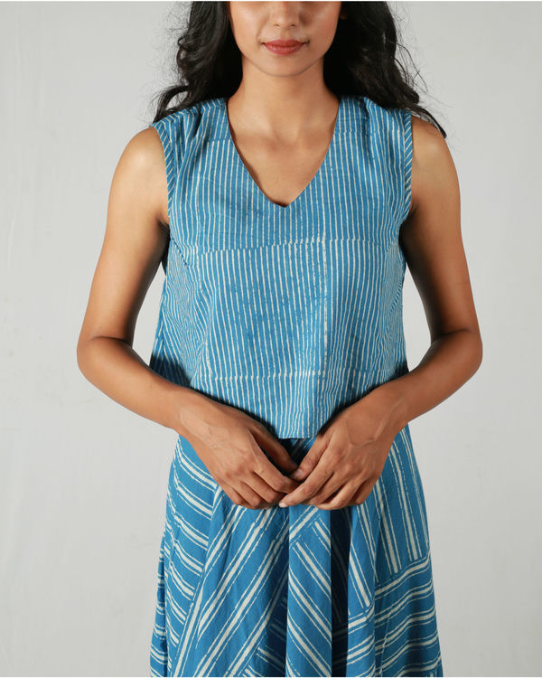 Mixed stripes blue dress 1