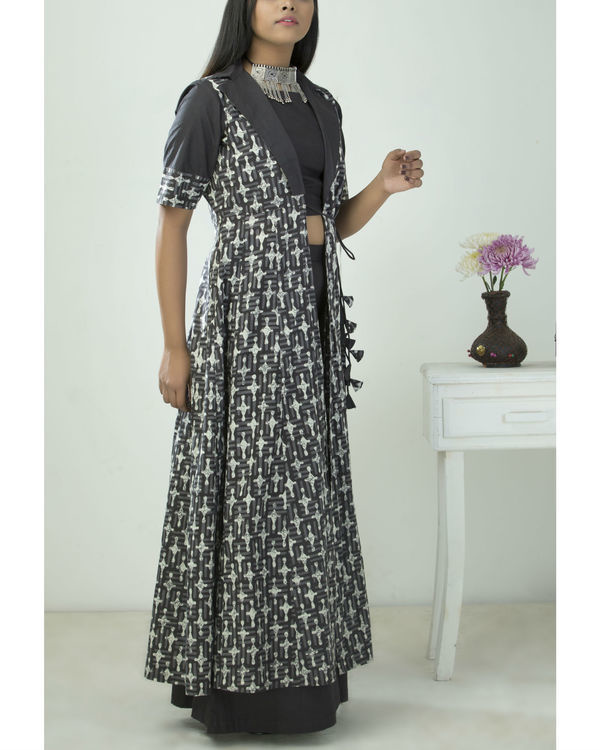 Printed kalidar cape with blouse and palazzo 1