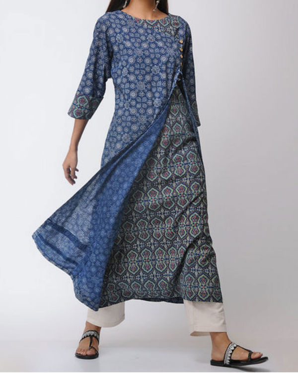 Double layered ajrakh kurta with front slit 2