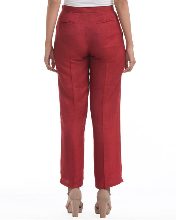 Maroon pleated pants 2