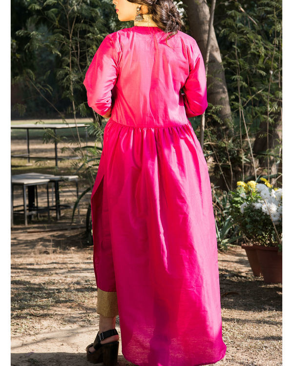 Bright pink kurta cape and pants 3