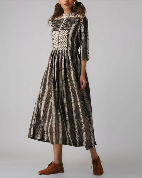 Pattern panelled dress 3
