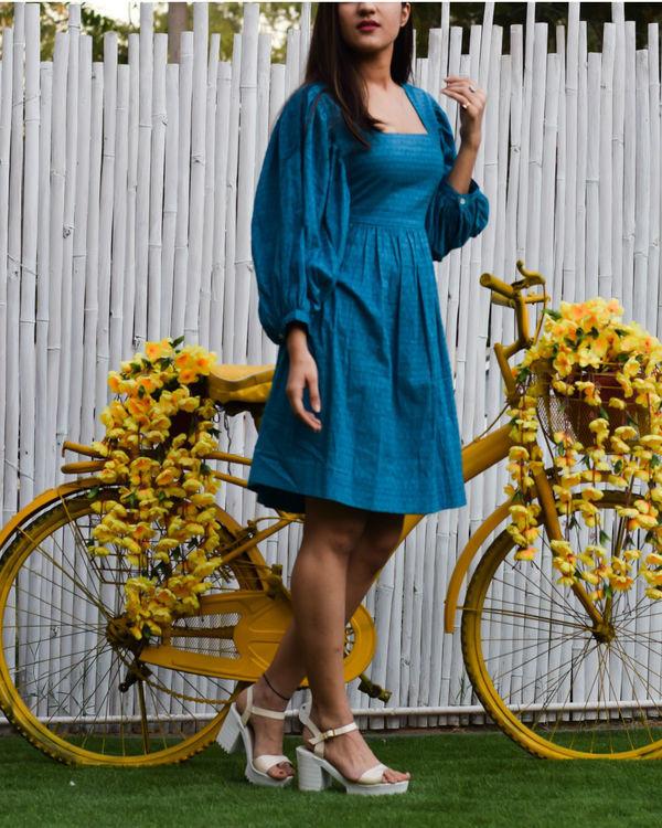 Blue short dress 1