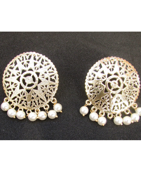 Golden Filgeree Earrings with Pearls 1