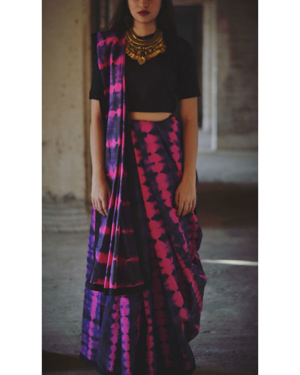 Magenta and violet tie and dye saree 1
