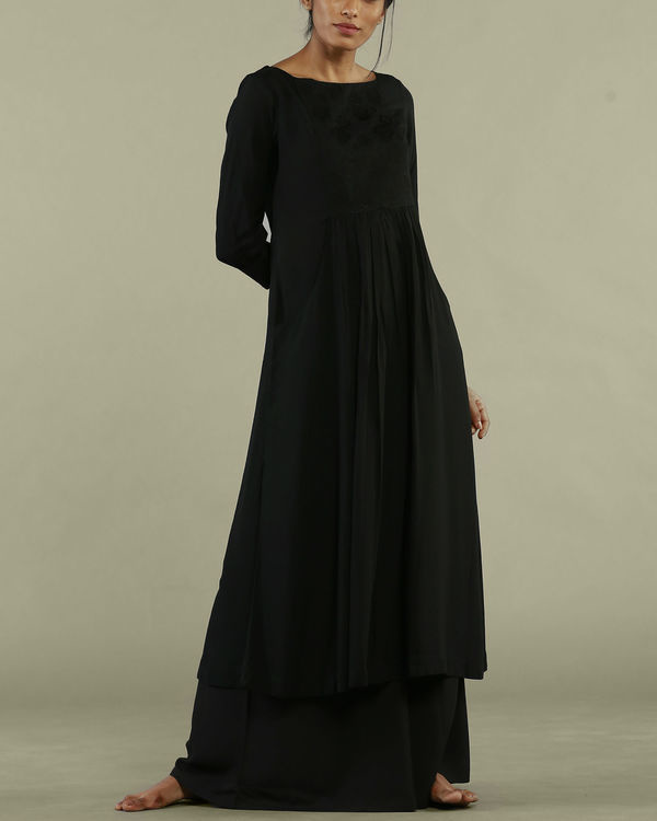 Black dress style tunic 3