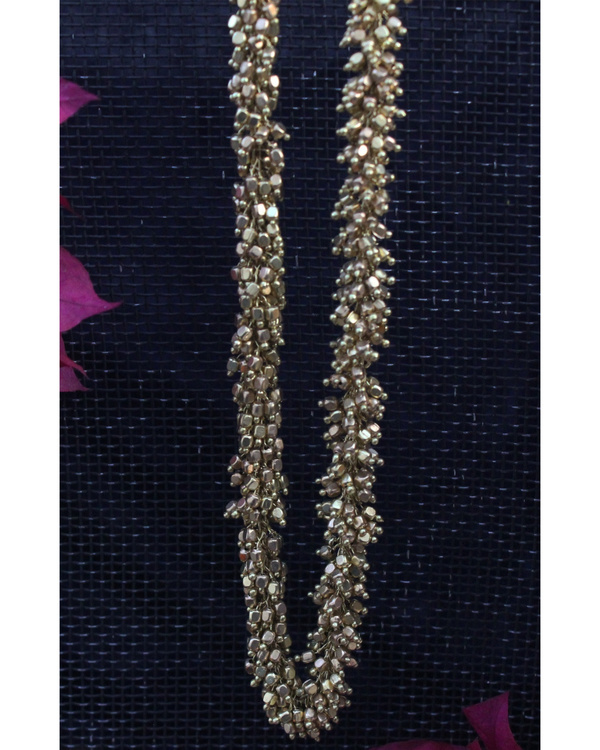 Arina gold tiny beads necklace 1