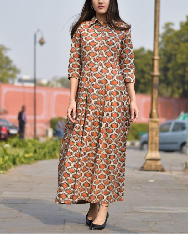 Orange and beige flared dress 2