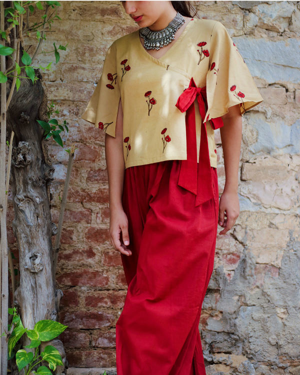 Opium poppy angrakha top  with wide legged pants 2