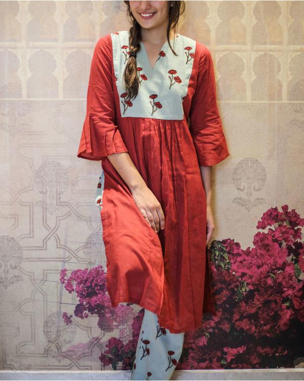 Berry red kurta with smoke green poppy pants 3
