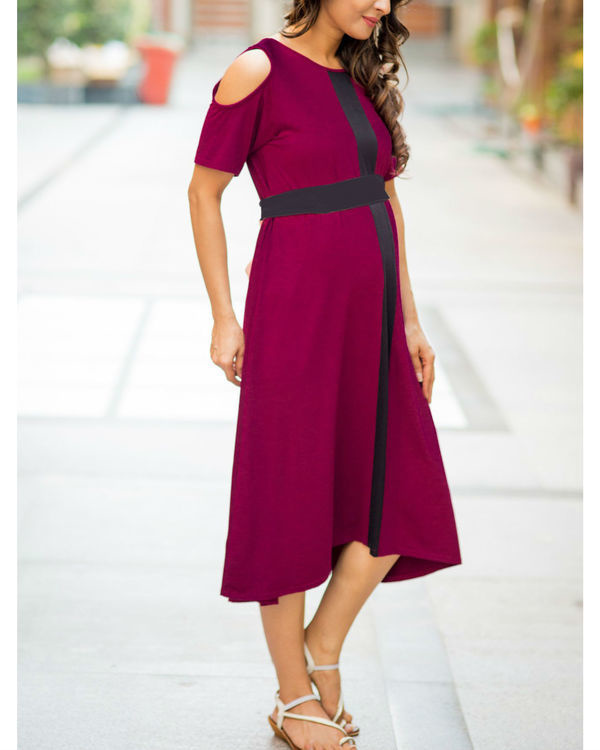 Wine red cold shoulder stretchable maternity dress 1