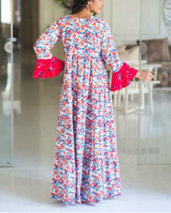 Multilayer white boho flower bomb single zip maternity & nursing dress 1