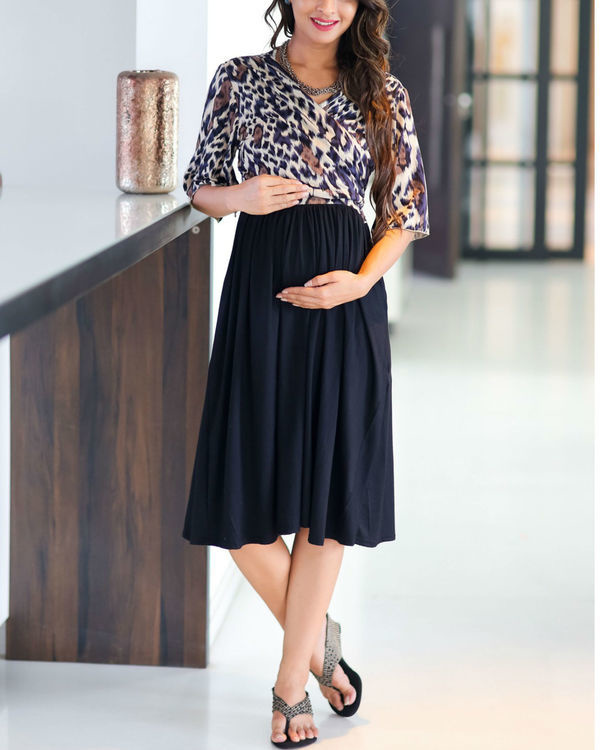 Animal print wrap tie maternity & nursing dress 2