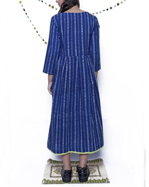 Indigo arrow print dress 1
