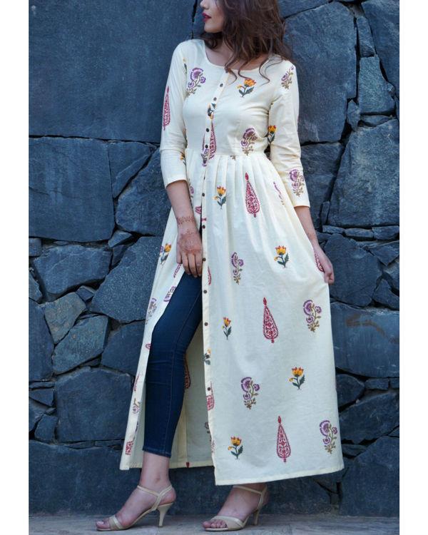 Mughal garden block printed cape 3
