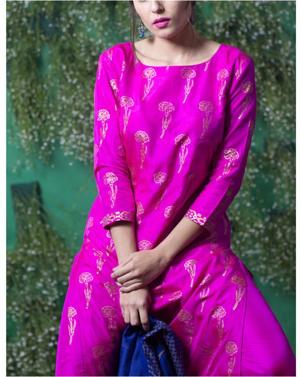 Pink sapphire lily printed set with ink blue dupatta 1