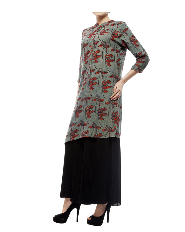 Asymmetric tunic with leaf print 1