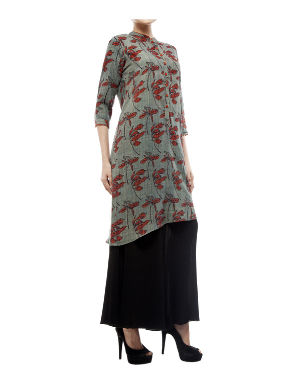 Asymmetric tunic with leaf print 2